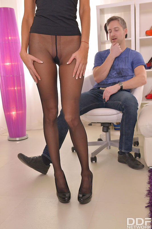 Jessica Moy in Black Pantyhose