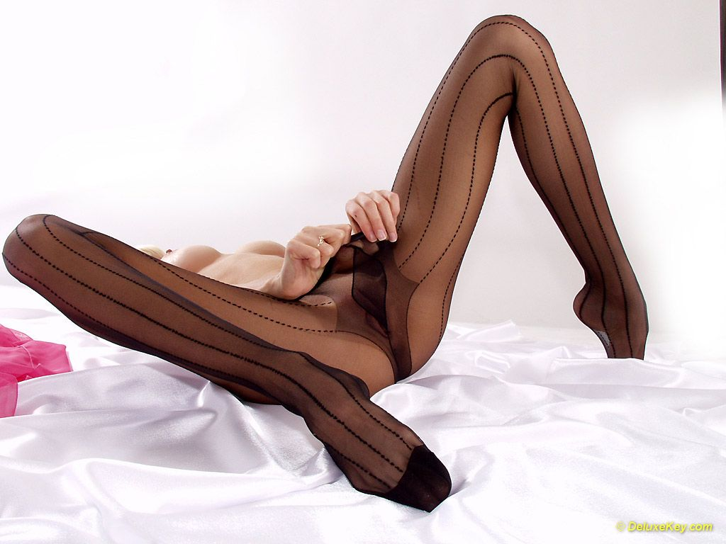 LillyWOW in seam stripe black pantyhose
