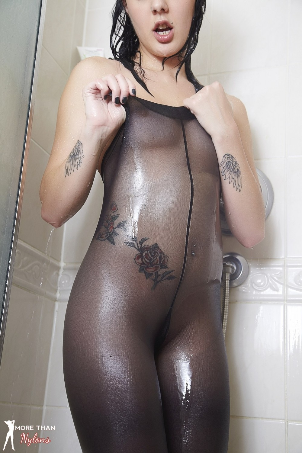Zoe More Wet Black Pantyhose in the Shower