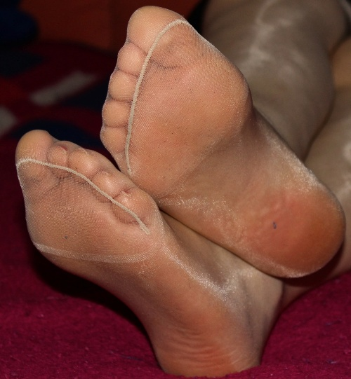 Sheer Pantyhose Feet