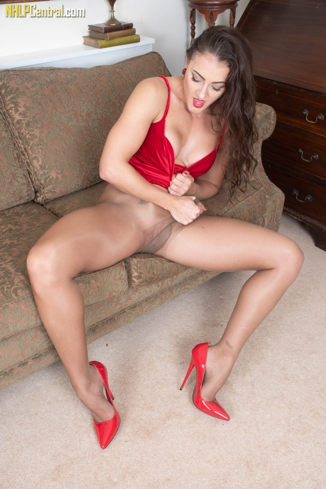Cleo Summers in tight party dress, red high heels and pantyhose