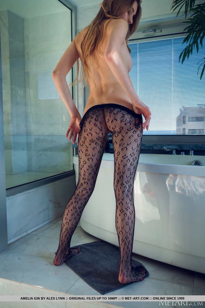 Amelia Gin in Fishnet Pantyhose
